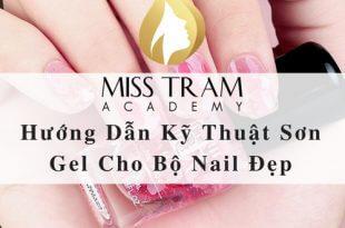 4. Huong dan ky thuat son gel 310x205 - Hướng Dẫn Kỹ Thuật Sơn Gel Cho Bộ Nail Đẹp