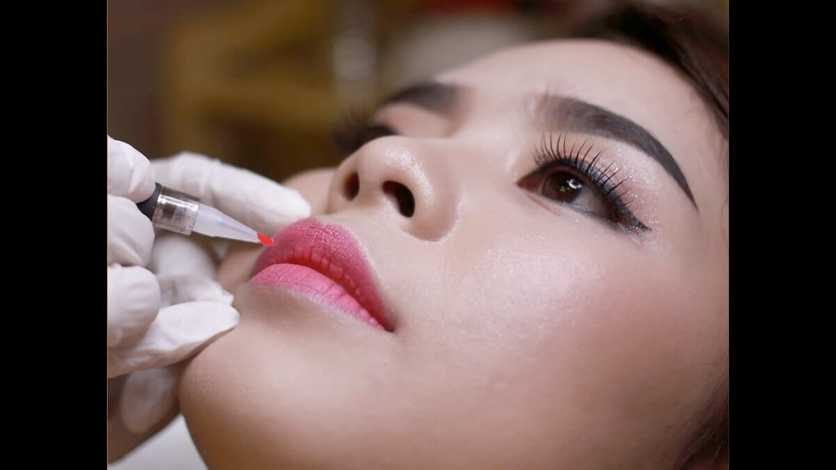 Learn Lip Tattoo Spray: Models & Practical Techniques 3