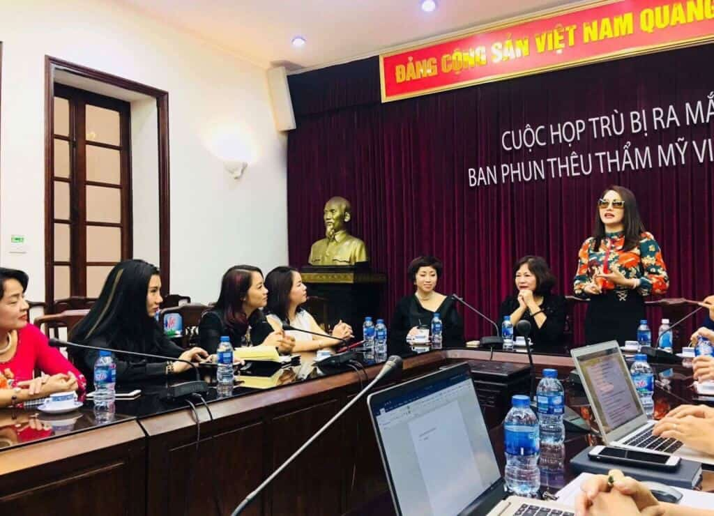 Preparing for a major event to launch Vietnam Cosmetic Embroidery Department on May 15, 2018 in Hanoi 2