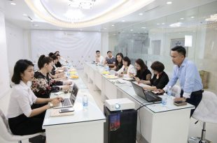 The Launching Ceremony of Vietnam Aesthetic Embroidery Joints Department May 15, 2018 In Hanoi 1