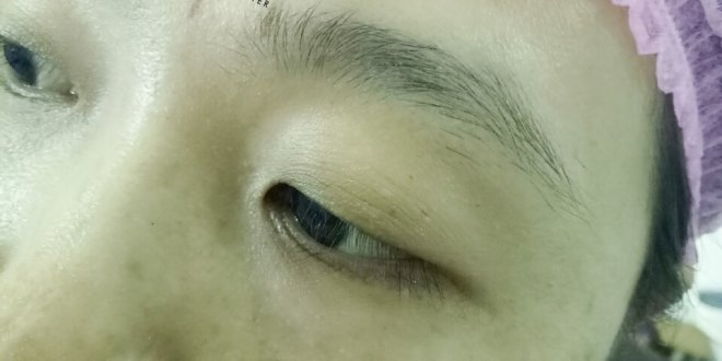 Results Before and After Sculpting Eyebrows with 9D Yarns for Women 1