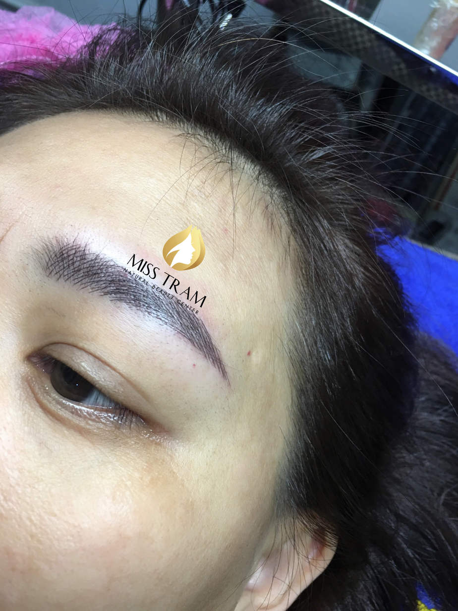 Before and After Using Sculpted Eyebrow Sculpting Technology 9D 6