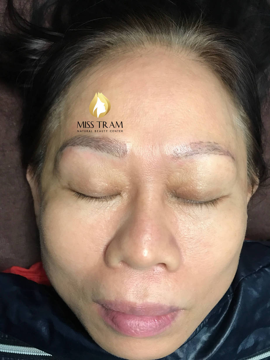 Repairing Damaged Eyebrows with Sculpting 9D Thread 4