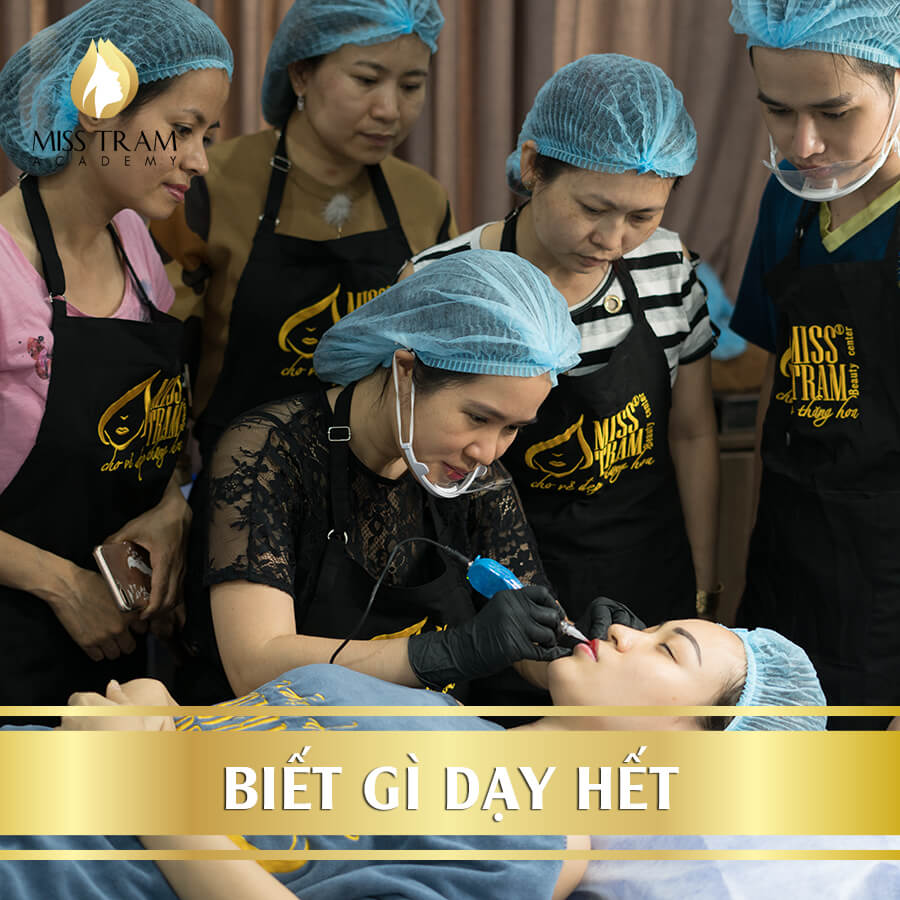 Training Professional Eyebrow - Eye - Lip Aesthetics 5