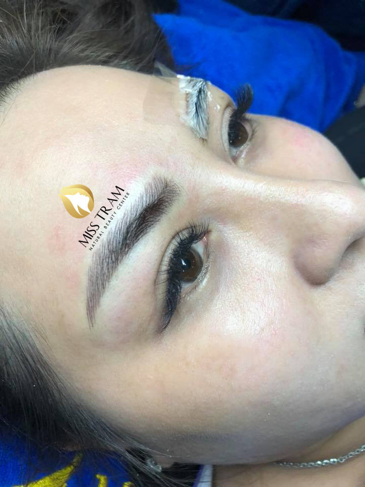 Before and After Sculpting Eyebrows with 9D Fibers for Women 4