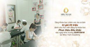 misstram student testimonials in school year xx310 - Mung Khai Truong Miss Tram Academy 165 / 23 / 07