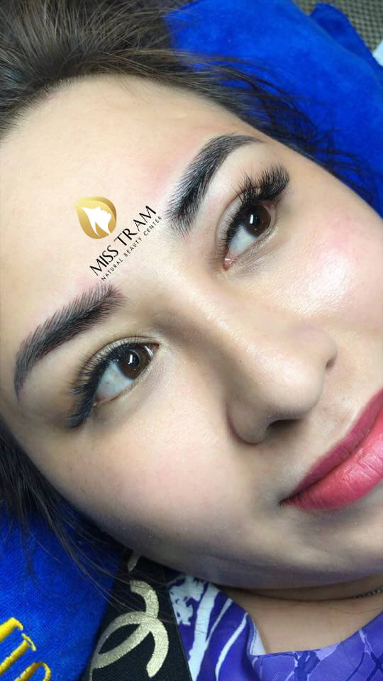Before and After Sculpting Eyebrows with 9D Fibers for Women 5