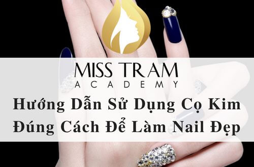 How to Use Fine Metal Brushes for Beauty Nail 1