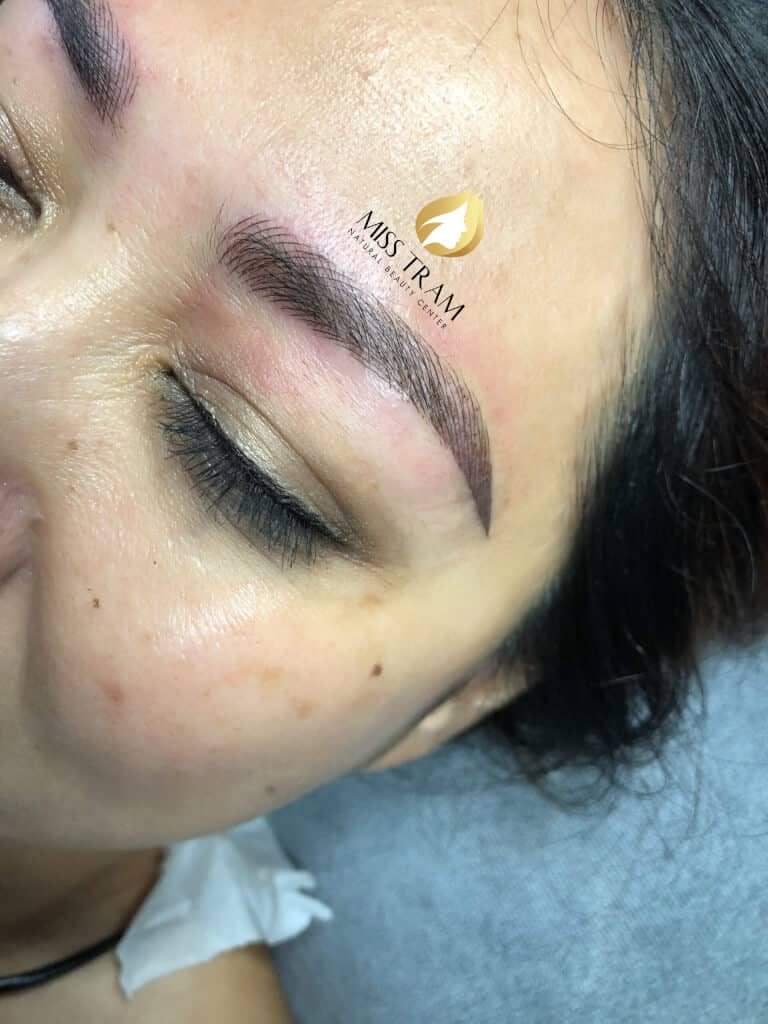 Before and After Beauty Eyebrows With Sculptor Queen 4