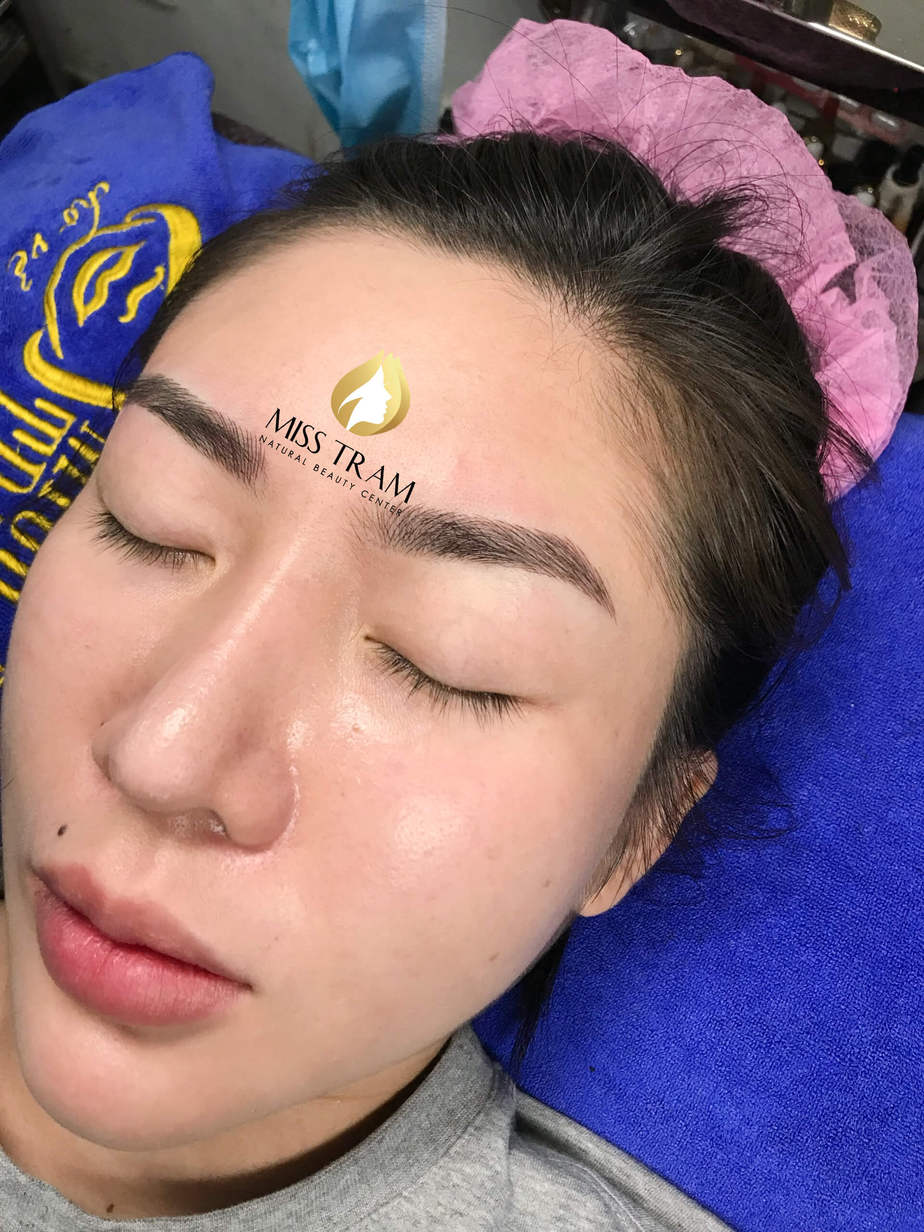 Before And After Performing Sculpting Eyebrow Scales 9D For Women 5