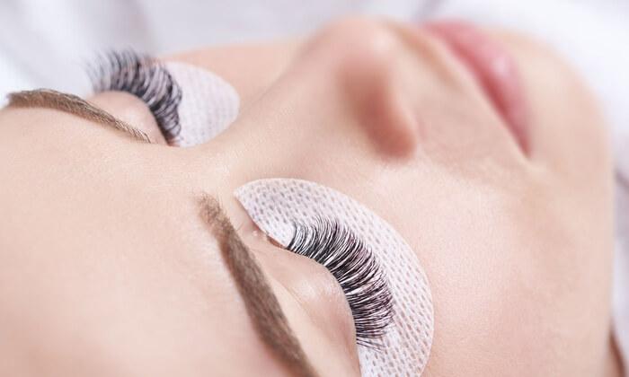 Durable eyelash extensions technique