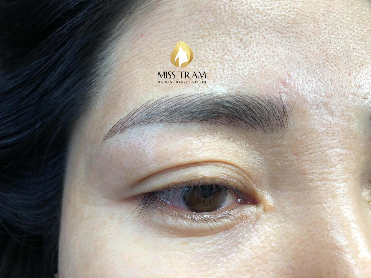 Before and After Beauty Image With Natural Eyebrow Sculpture Technology 4