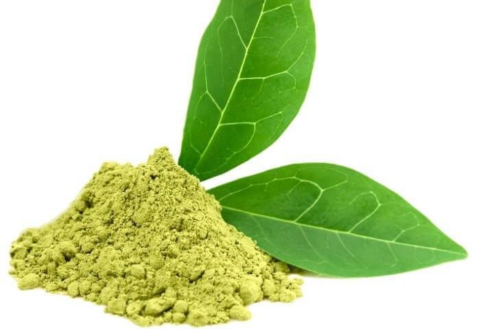 làm mặt nạ thải độc từ trà xanh