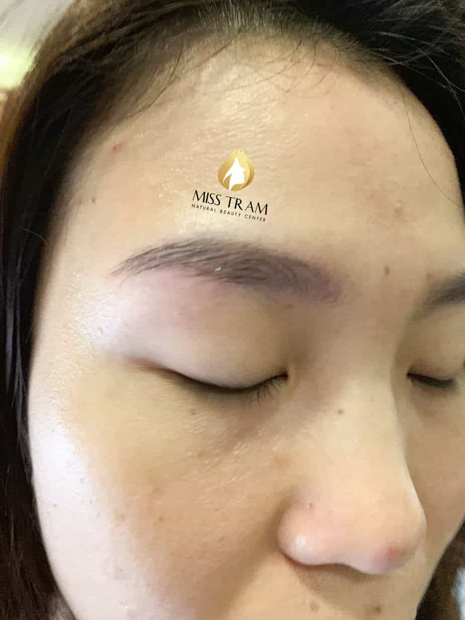 Before And After Treatment - Sculpting Eyebrows with Beautiful Natural Fibers 2