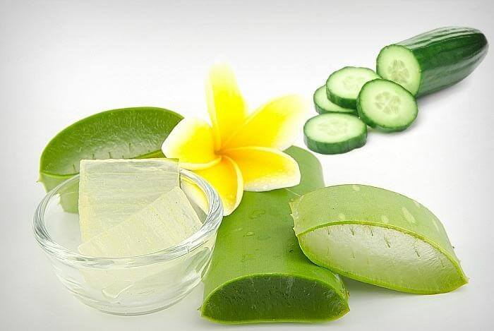 Treatment of melasma and freckles at home with aloe vera and cucumber