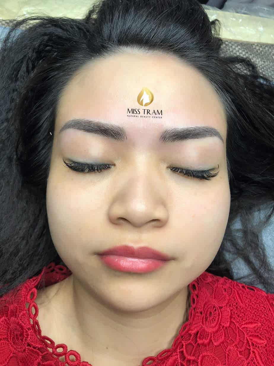 Before And After Restoring The Eyebrow Sculpted For Guests 2