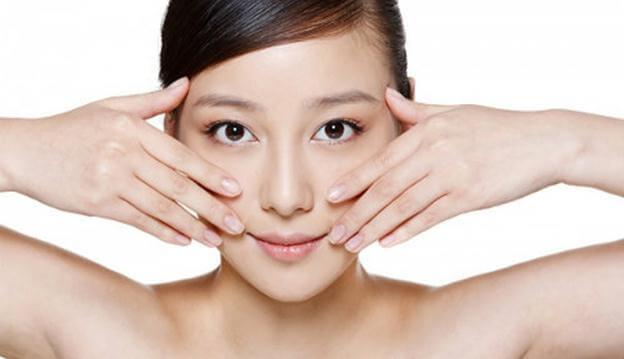 phương pháp massage da mặt đúng cách