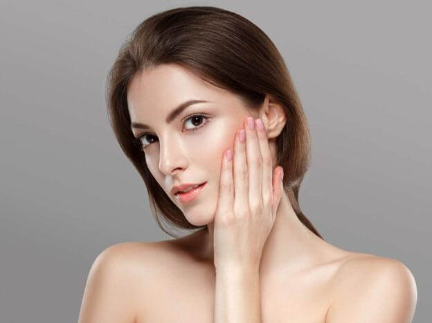 Correct Facial Massage Method for Youthful Skin 2