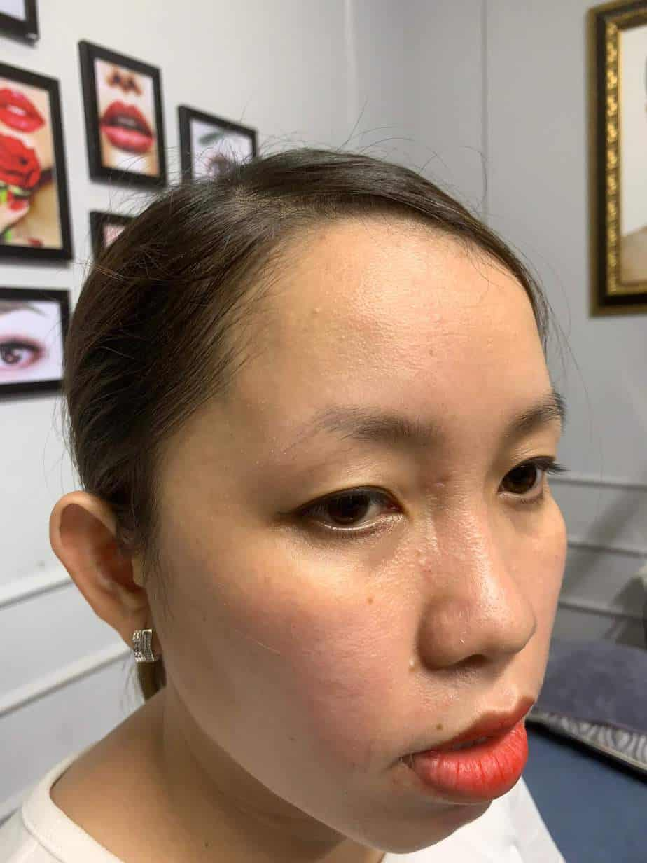 Before and After Sculpting Eyebrows 9D Using Herbal Ink 3