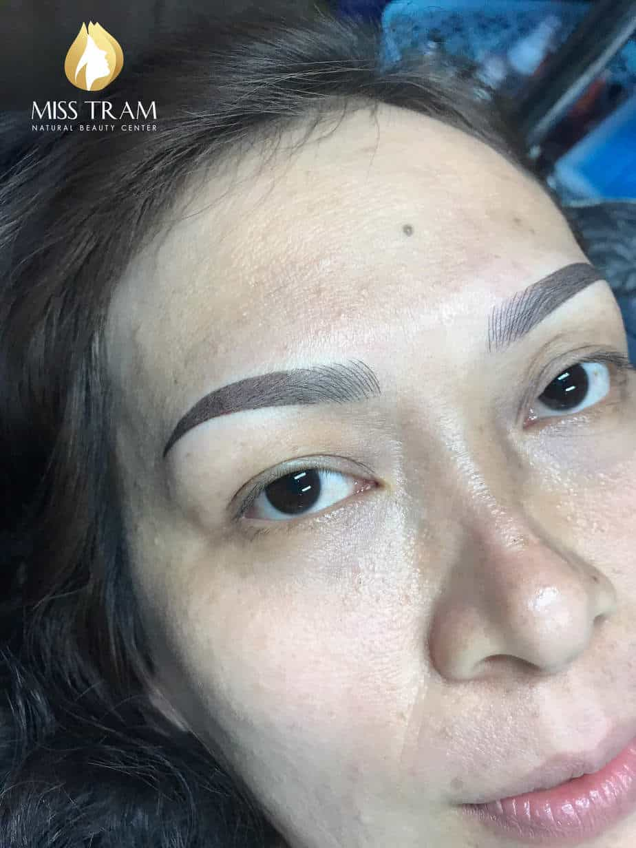 Before And After Sculpting Eyebrows Queen Corrects Pale Eyebrows 6