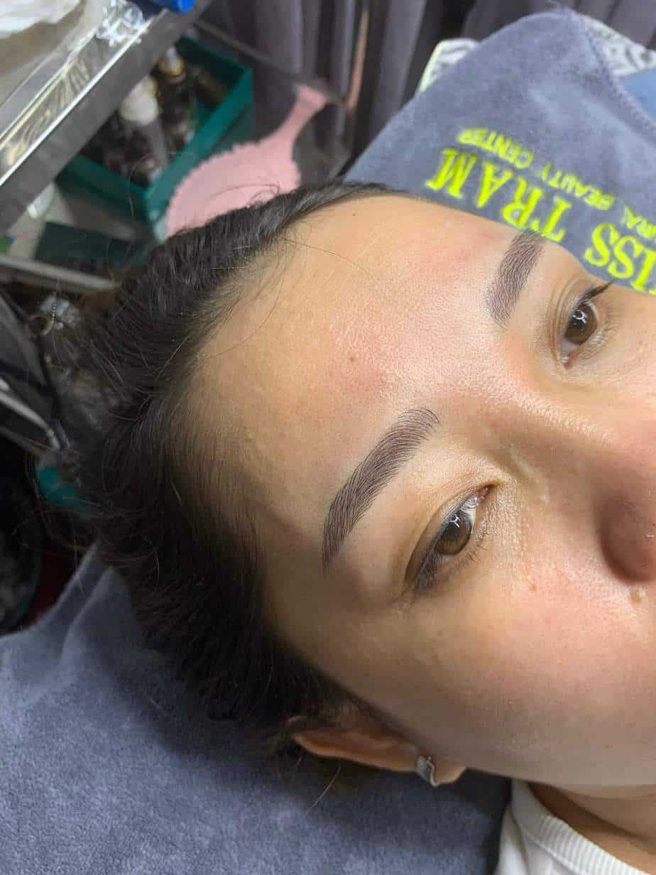 Before and After Sculpting Eyebrow 9D Using Herbal Ink 4