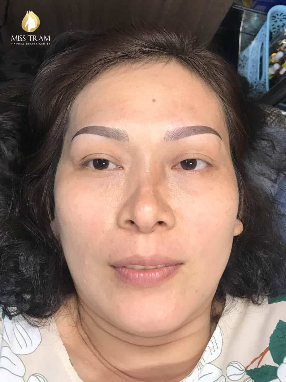 Before And After Sculpting Eyebrows Queen Corrects Pale Eyebrows 5