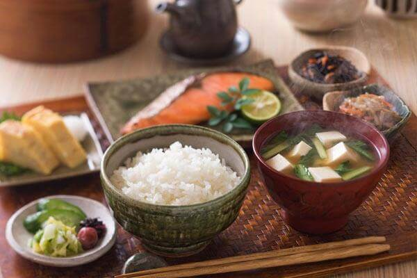Top 5 Bí Quyết Chăm Sóc Da Tuyệt Vời Từ Phụ Nữ Nhật Bản 3