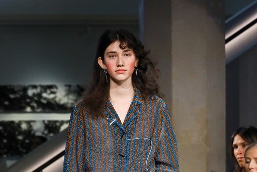 Catching New Makeup Trends in Fall-Winter Fashion Week 5