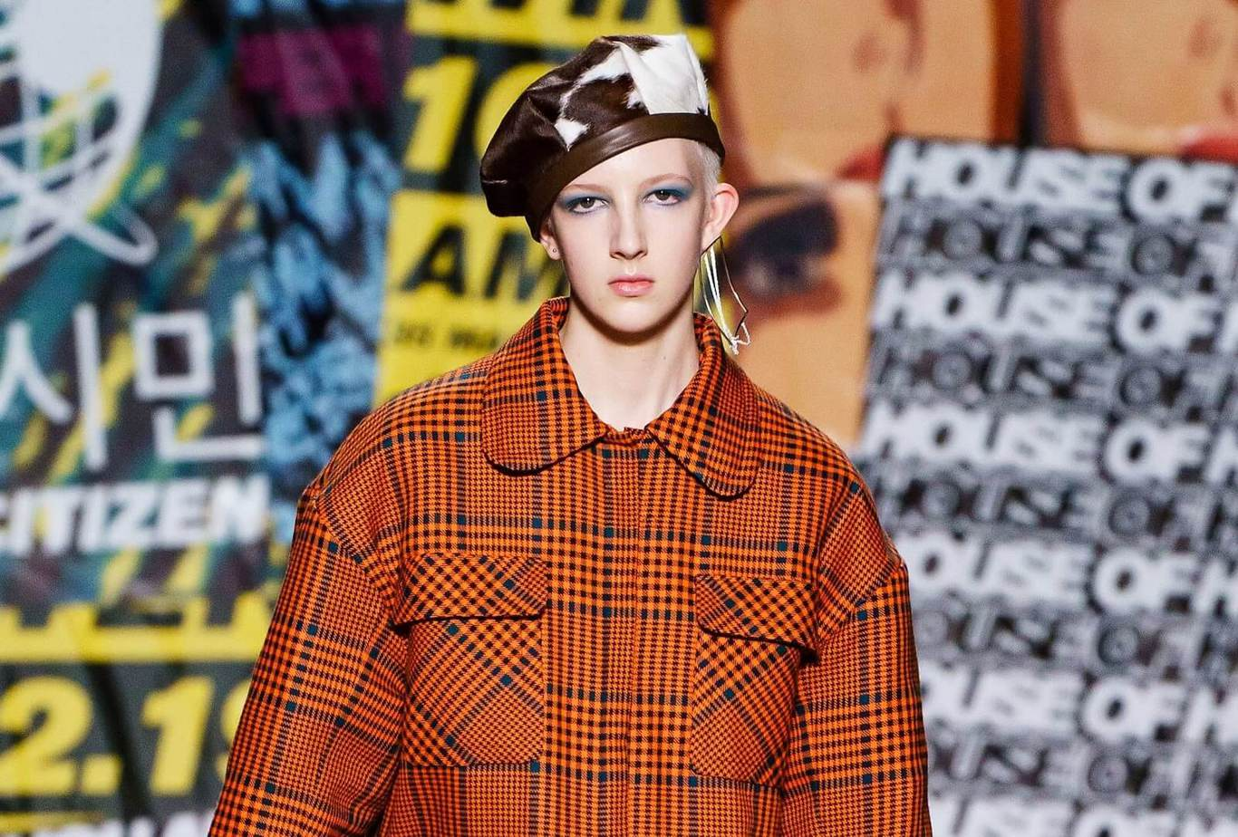 Catching New Makeup Trends in Fall-Winter Fashion Week 6