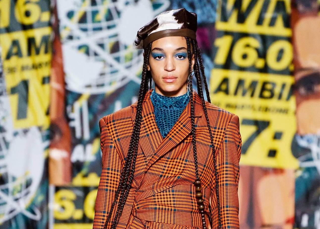 Catching New Makeup Trends in Fall-Winter Fashion Week 7