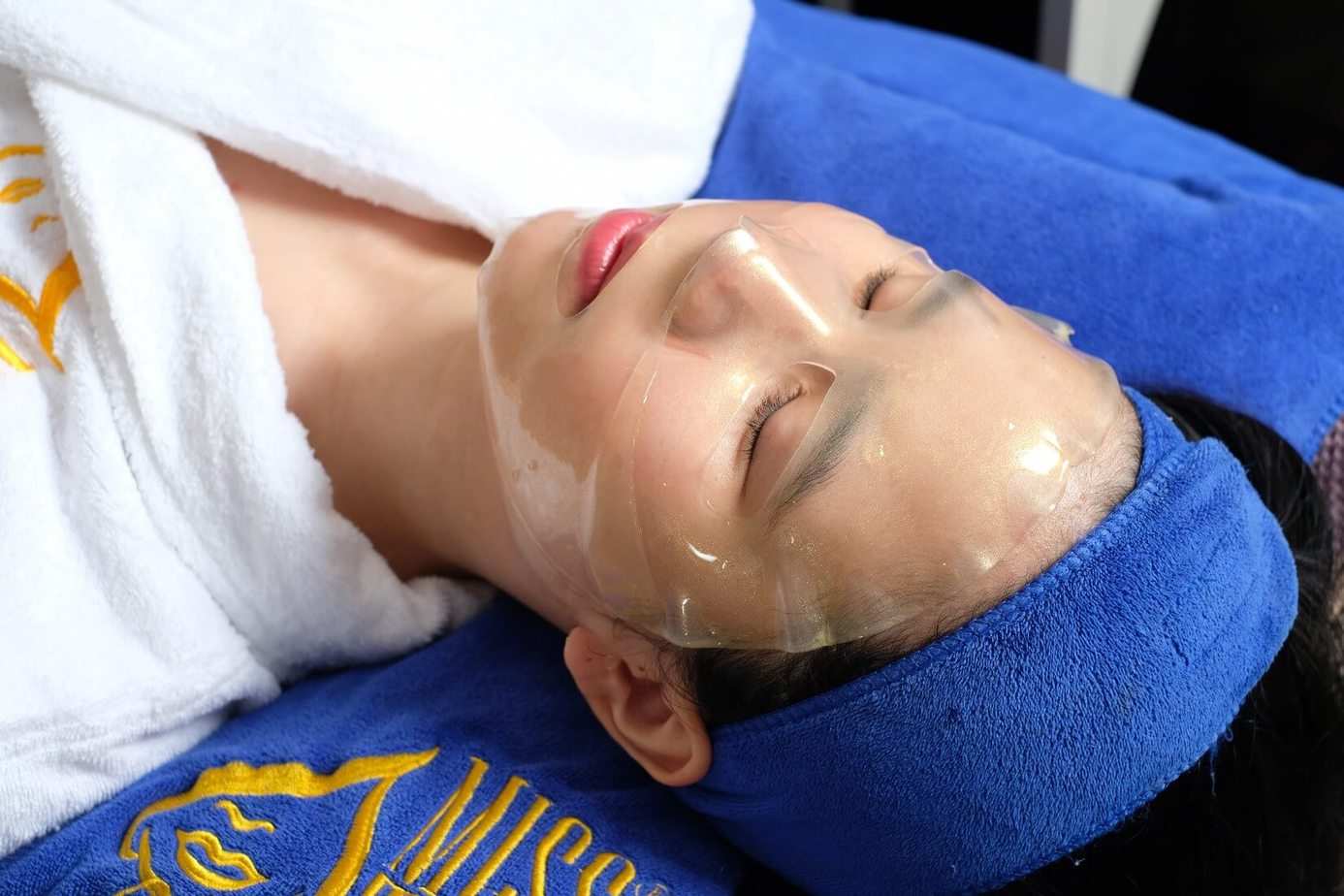 Skincare Specialist Training and Treatment Course 11