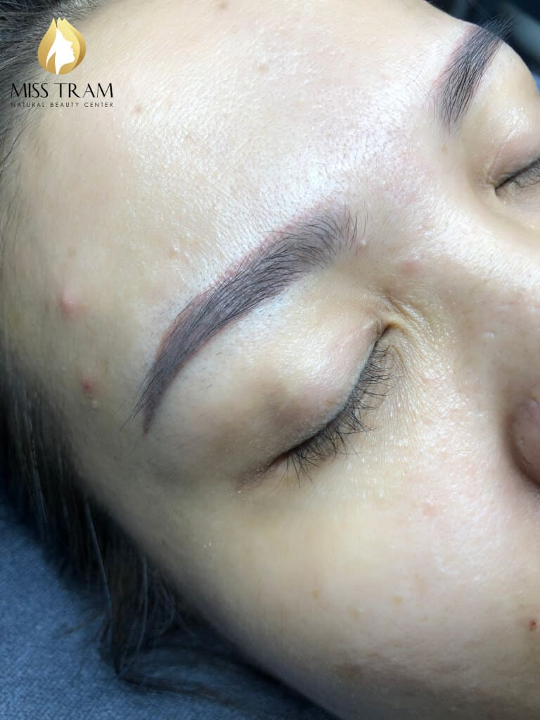 Before And After Processing Old Eyebrows - Sculpting Combined With Beautiful Eyebrow Tail 2