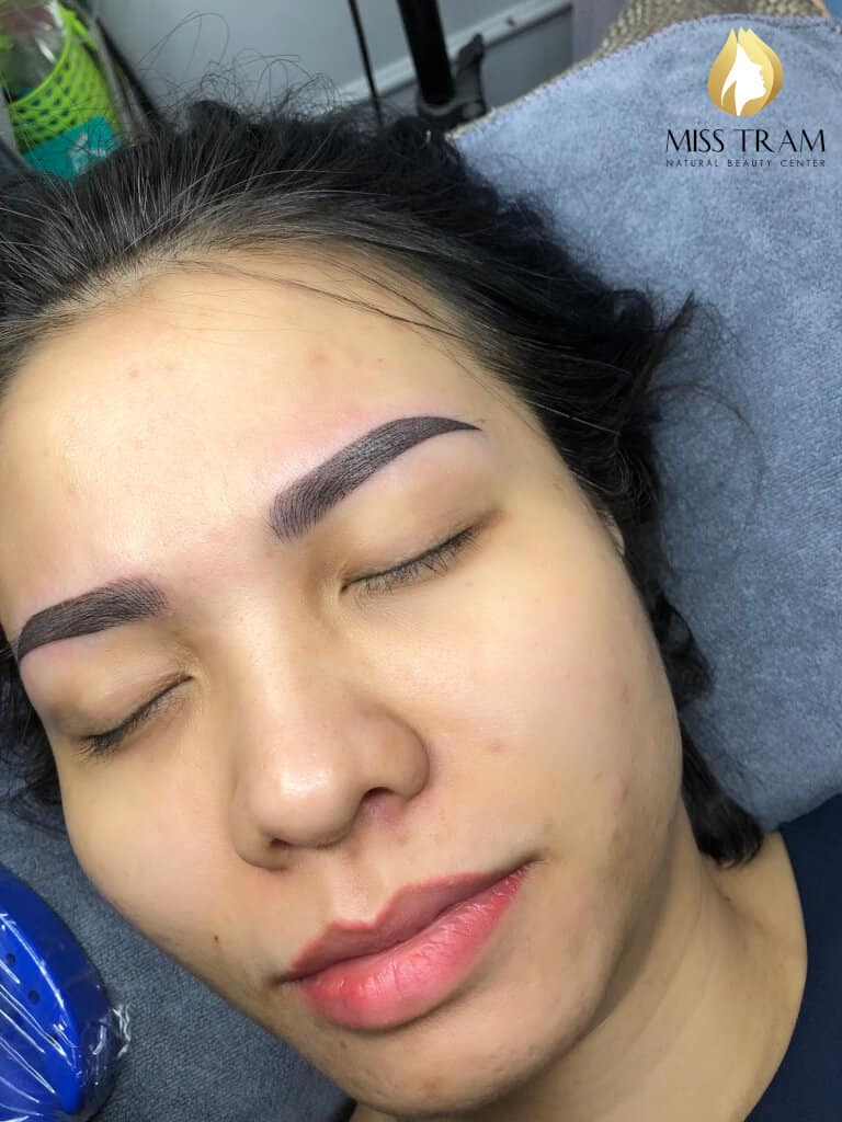 Before And After Processing Old Eyebrows - Sculpting Combined With Beautiful Eyebrow Tail 4