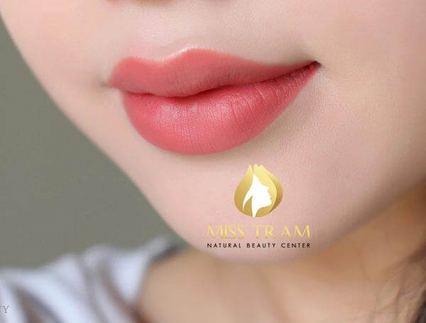 How To Spray Your Lip Doesn't Swell 2