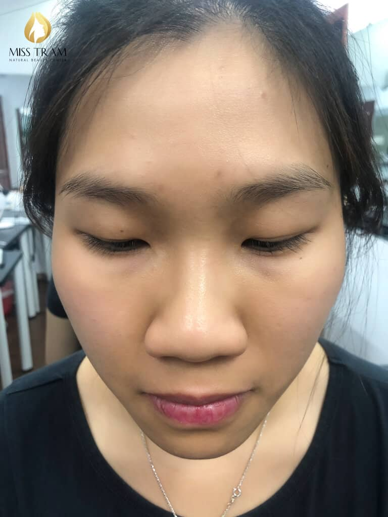 Before And After Sculpting Eyebrows With Beautiful Natural Fibers 2