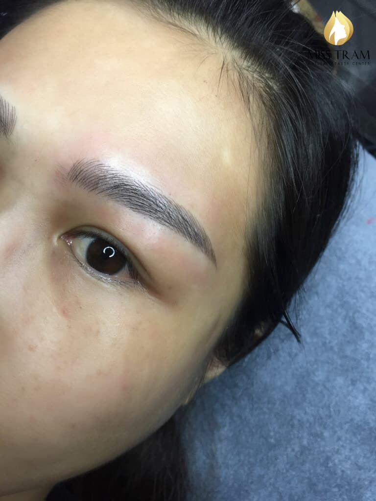 Before And After Shaping And Sculpting Natural Eyebrows 5