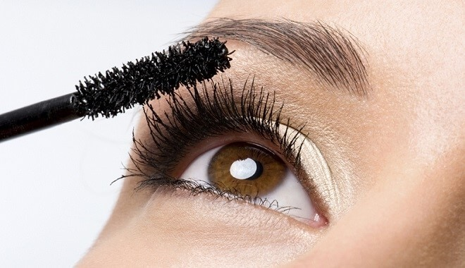 Guiding Customers to Care for Lash Extensions to Keep Lashes Longest 3