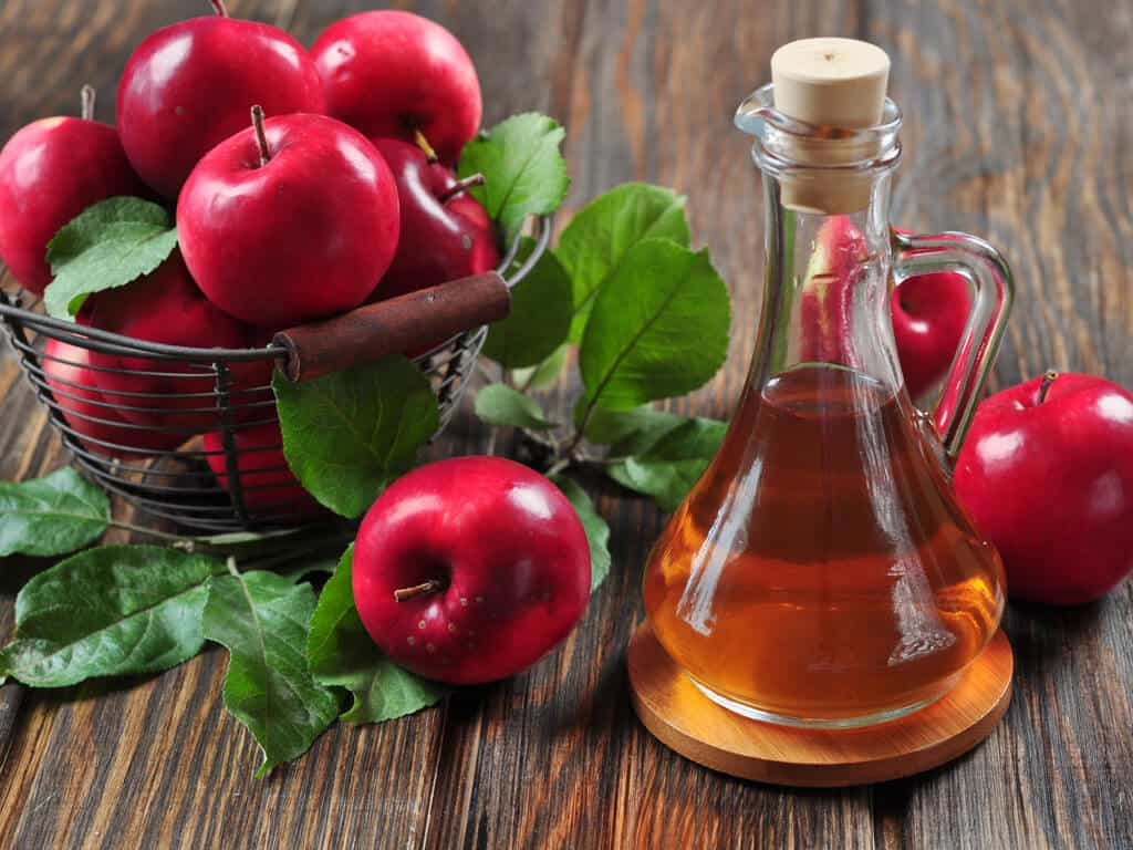 Acne Treatment With Apple Cuts Safe and Effective 2