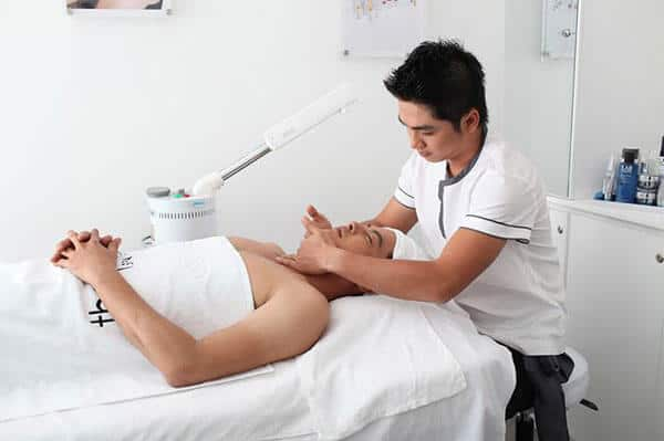 Should men learn the spa profession?