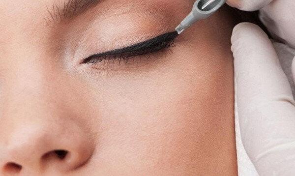 lựa chọn kiểu phun mí phù hợp với dáng mắt