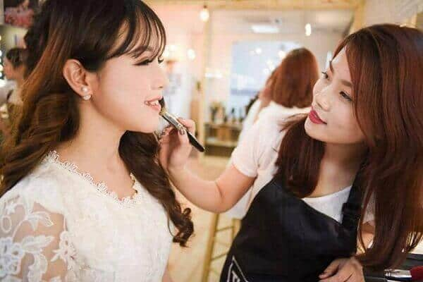 where to learn makeup quality in hcm
