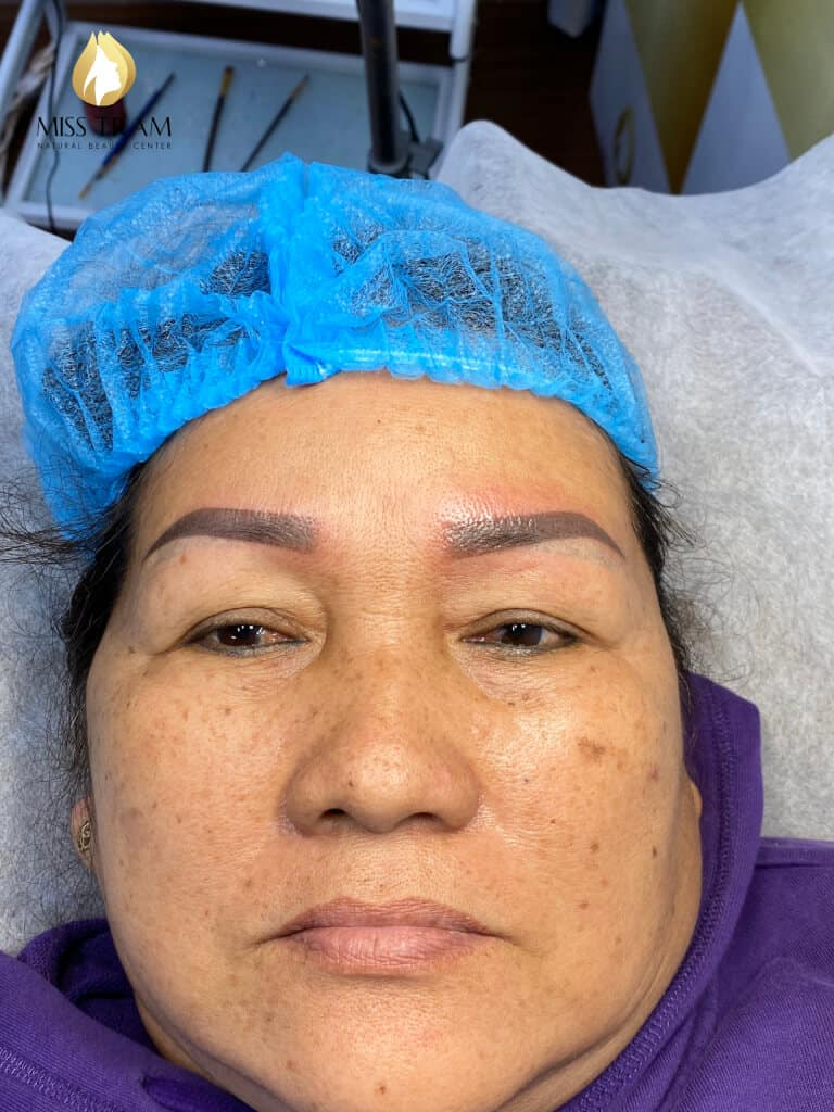 Student Model Blue / Red Eyebrow Treatment Refitting Black Brown 5