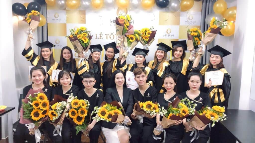 Top Institutes Skin Care Training, Cosmetic Tattooing In Yen Bai 5