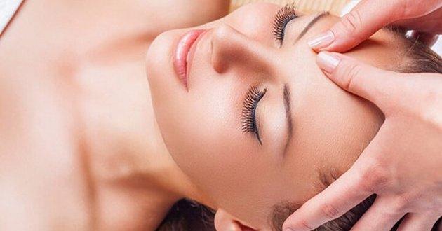 Kỹ Thuật Massage Mặt Đúng Chuẩn Spa 1